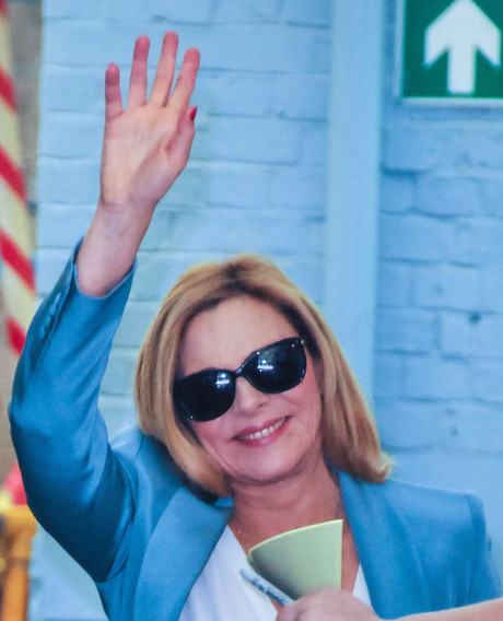 kim_cattrall_the_carrie_diaries