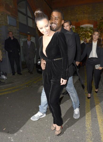 Kim Kardashian And Kanye West Marrying In Egypt?? 0707