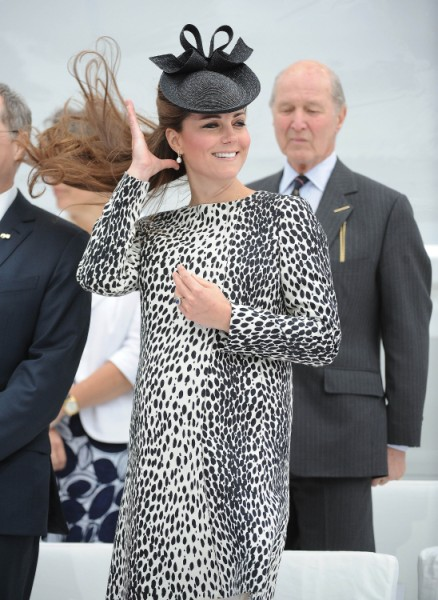 Kate Middleton Baby Related To Blue Ivy Carter, Kim Kardashian Seething With Jealousy! 0709