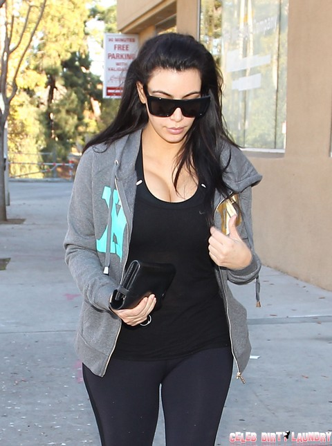 Will Kim Kardashian's Baby Have To Carry Kris Humphries' Name: Is he Ruining Her Life?