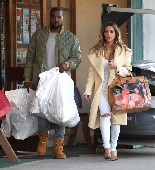 Kim Kardashian Pretends She Loves Kanye West's Christmas Present - Takes Bag with Nude Women Shopping (PHOTOS)