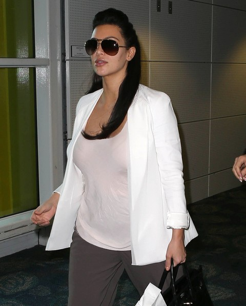 Kim Kardashian First Baby Bump Pictures In Miami (Photos)