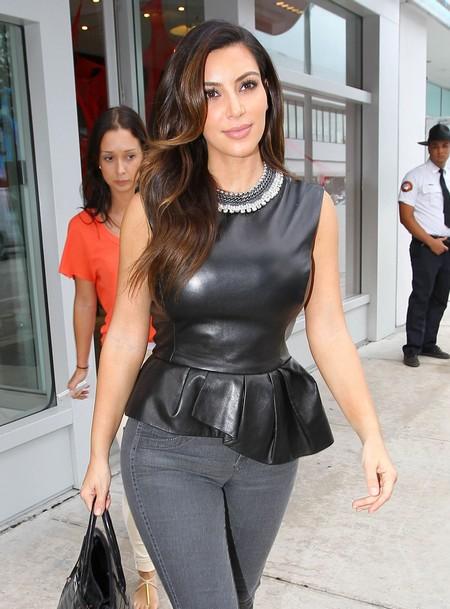 Kim Kardashian Shops At Christian Louboutin