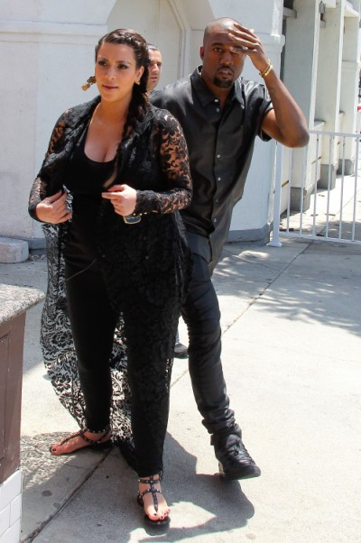 Kim Kardashian IN LABOR NOW - Baby Girl Birth On The Way!!