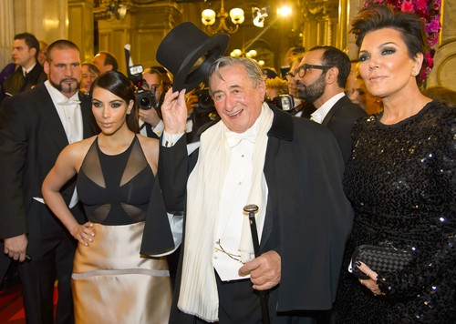 Kim Kardashian Is A Paid Escort These Days - Brings Her Pimp, Kris Jenner, Along On Dates (PHOTOS)