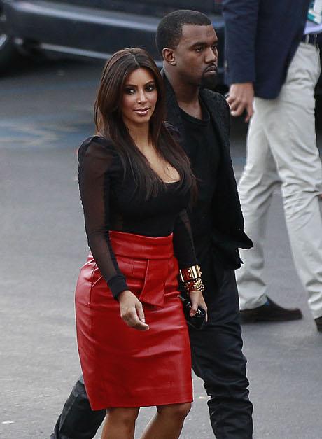 Kim Kardashian Cheated on Reggie Bush with Her Current Baby Daddy Kanye West!