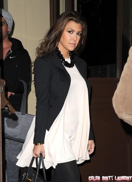 Kim & Kourtney Kardashian Leave Their London Hotel