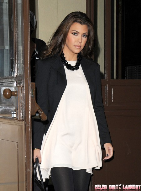 Kim & Kourtney Kardashian Leave Their London Hotel
