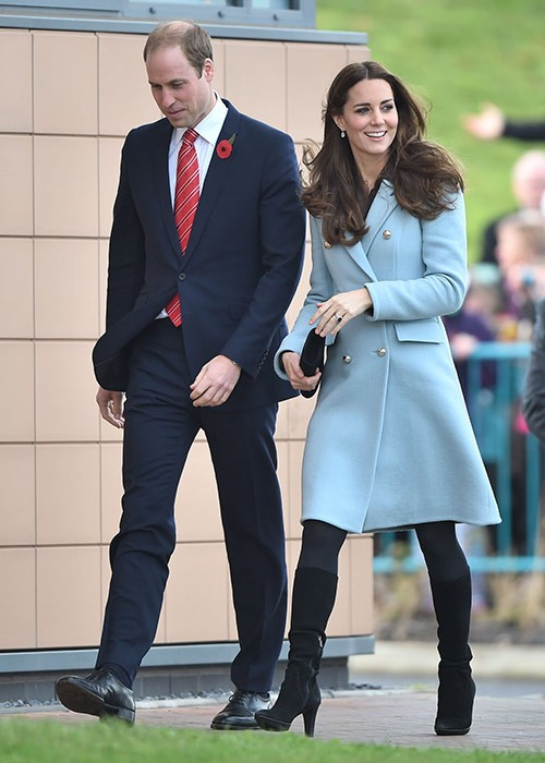 Kate Middleton Stops Fighting With Prince William for Wales Appearance: Queen Elizabeth Insists (NEW PHOTOS)