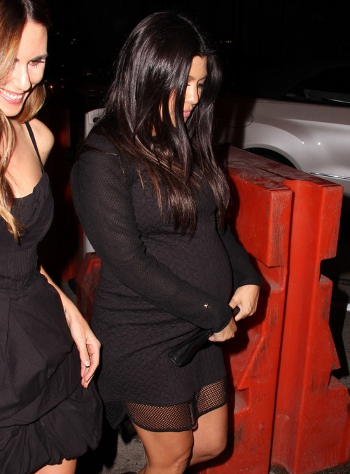 Kourtney Kardashian, Scott Disick Break Up Rumors: Quitting Keeping Up With The Kardashians – Wants To Raise Kids In Peace! (PHOTOS)
