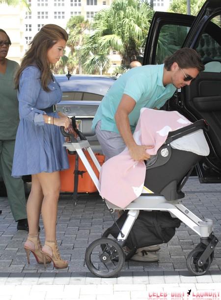 Kourtney Kardashian Pregnant With Third Child