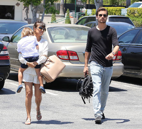 Kourtney Kardashian Refuses to have Sex with Scott Disick!