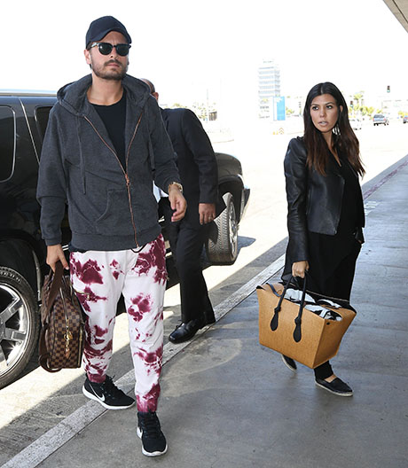 Scott Disick Drunk and Cheating on Kourtney Kardashian: Flirting In Mexico