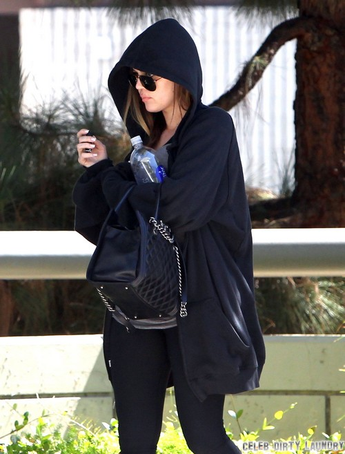 Kris Jenner Blames Khloe Kardashian For Failing Kardashian Empire and Bad Ratings on KUWTK (VIDEO)