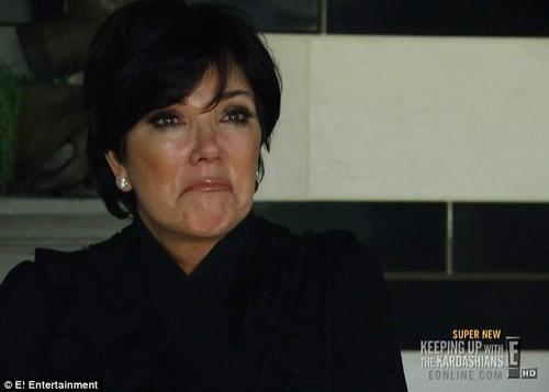Kris Jenner Breaks Down Over Her Alleged Child Abuse of Kourtney and Kim Kardashian -  She Looks Guilty! (VIDEO)