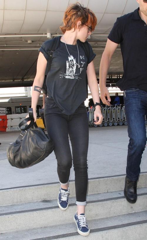 Kristen Stewart Dating Robert Pattinson During Toronto Film Festival 2014: Twilight Stars Go Public With Relationships At TIFF?