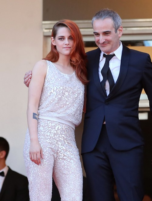 Robert Pattinson Insisted Kristen Stewart NOT Come To Cannes Until After His Movie Premieres?