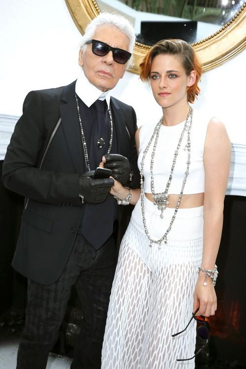 Kristen Stewart Dating Robert Pattinson: Angry at RPatz's Flings - Gives Twilight Star Relationship Ultimatum