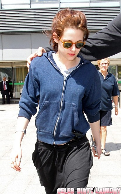 Robert Pattinson Stays in Toronto, While Kristen Stewart Touches Down in London