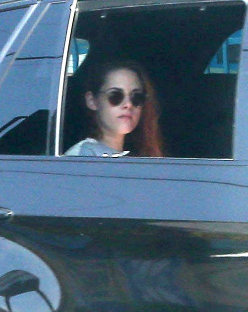 Kristen Stewart and Emma Watson Battle Rages: Both Star In Beauty and The Beast Movies
