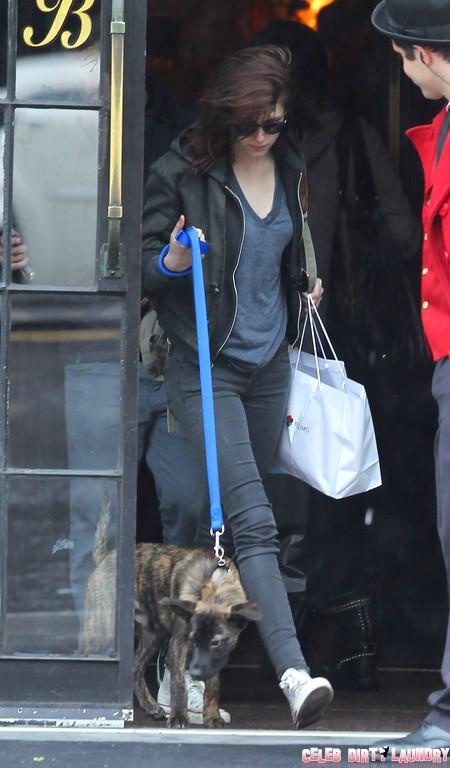 Kristen Stewart and Robert Pattinson Adopting A New Baby