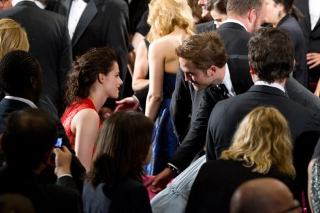 Kristen Stewart, Robert Pattinson Bringing Love Back To Cannes - Bad Omen? 0512