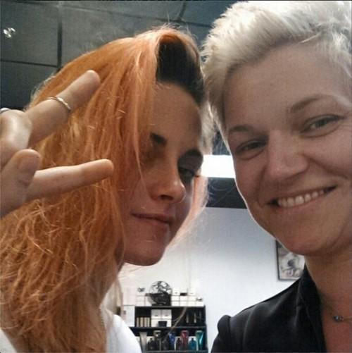 Kristen Stewart Dyes Hair Orange - Desperate For Robert Pattinson's Attention (PHOTO)