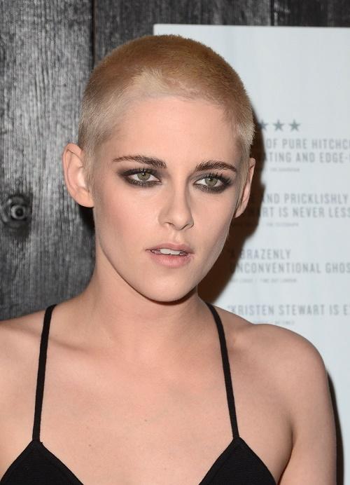 Kristen Stewart Debuts Drastic Buzz Cut In Solo Red Carpet Appearance
