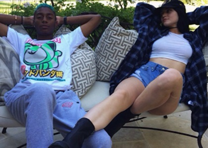 Kylie Jenner Dating New Mystery Man: Posts Instagram Pic But Immediately Deletes It! (PHOTO)