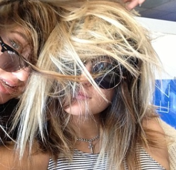 Kylie Jenner Goes Blond - Wants To Be Like Big Sis Kim Kardashian (PHOTO)