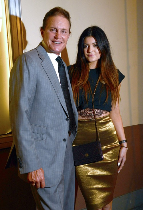 Kendall And Kylie Jenner Blame Momager Kris For Cheating on Bruce and Ruining Their Happy Family