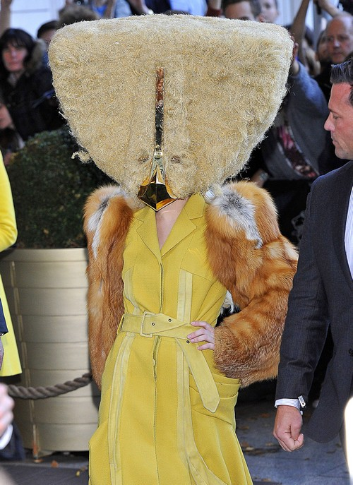 What Is Lady Gaga Wearing Now?!