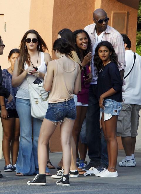 "Khloe Kardashian and Lamar Odom: Child Custody Court To Pimp His Kids On ""Khloe and Lamar"""