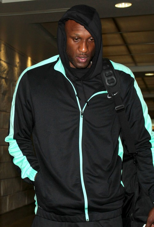 Lamar Odom Ready To Divorce Khloe Kardashian After Thanksgiving - Wants $10 Million And Engagement Ring Back