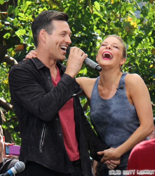 Leann Rimes Spoils Threesome With Her Tour Manager And Former Hollywood Publicist Jonathan Jaxson - CDL Exclusive