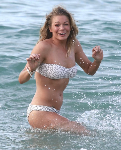 LeAnn Rimes Bikini and Surfing Pics: Calls Paparazzi To Take Photos - Famewhore Extreme?