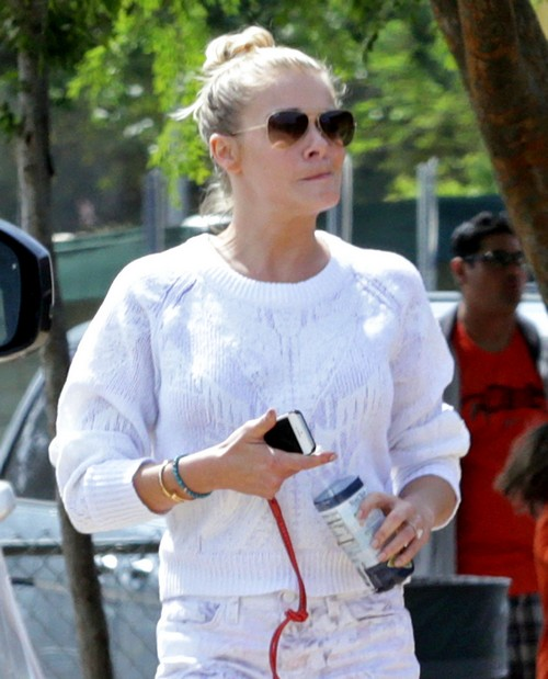 LeAnn Rimes' Inappropriate PDA With Dislocated Jaw at Eddie Cibrian's Sons Baseball Game