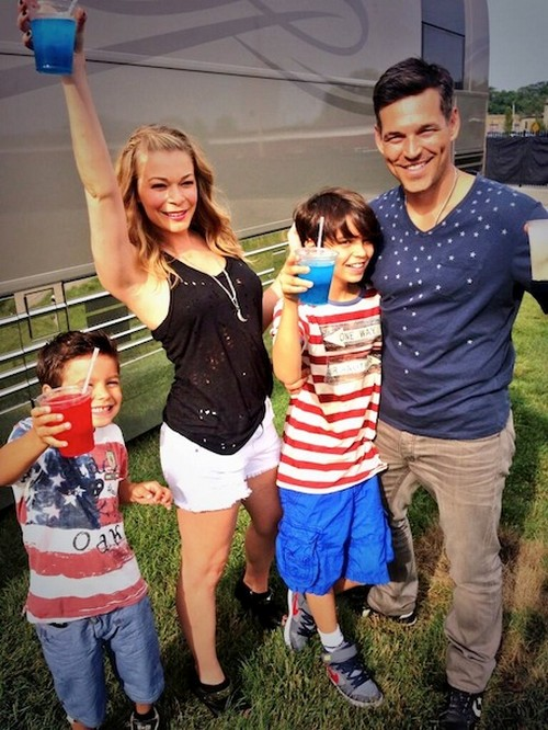 LeAnn Rimes & Brandi Glanville Feud Continues with July 4th Twitter War Over Son's Custody