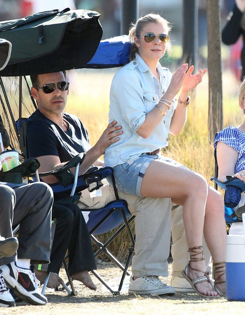 LeAnn Rimes and Eddie Cibrian's Gross Fake PDA at Children's Soccer Game - Brandi Glanville Looks Disgusted (PHOTOS)