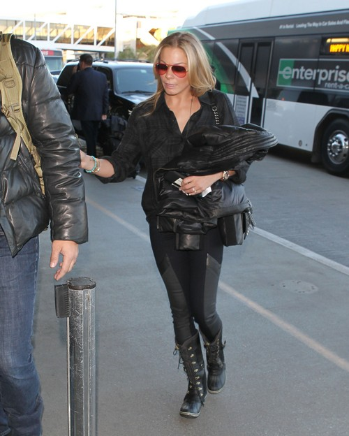 LeAnn Rimes Fake Gym Selfie: Purging With Laxatives Again While She Ruins Brandi Glanville's New Year (PHOTOS)