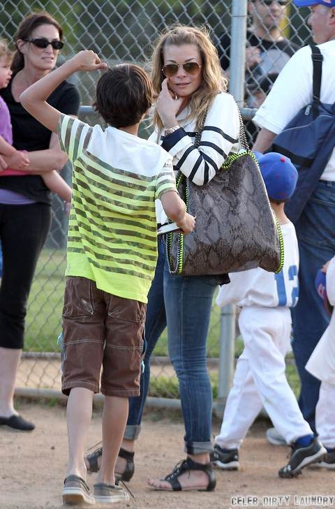"LeAnn Rimes Says ""Brandi Glanville's Kids Call Me Mom"" – Feud Intensifies"