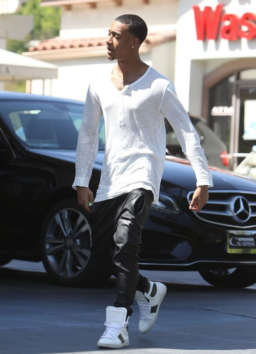 Lil Za Arrested Second Time While in Jail: Phone Smashing Vandalism -Tweeking from Drug Withdrawal?