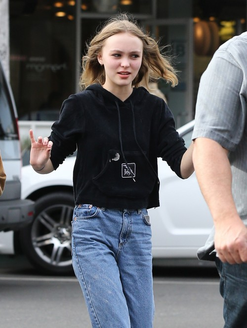 Lily-Rose Depp in Danger - Johnny Depp and Vanessa Paradis Suspend Parenting in Favor of Romance (PHOTOS)