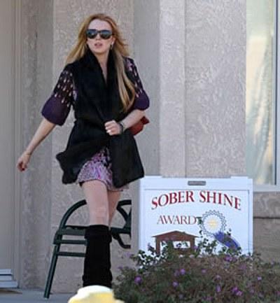 Lindsay Lohan Receives Award For Being Sober