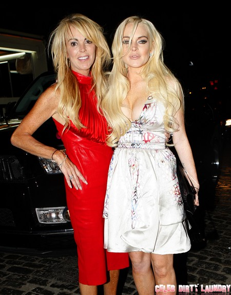 Breaking News: Dina Lohan Injures Lindsay Lohan in Drunken Brawl - Police Called