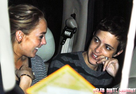 Lindsay Lohan Denies Her Bisexuality And The Advances Of A Girl – Is She Over Samantha Ronson?