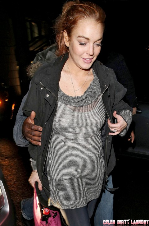 Lindsay Lohan Looks Horrible In London - 27 Club Applicant? (Photos)