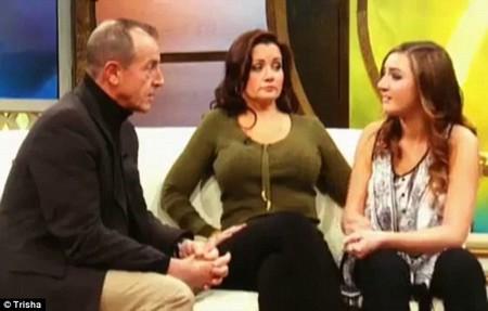 Michael Lohan's DNA Makes Ashley Horn Lindsay Lohan's New Sister!