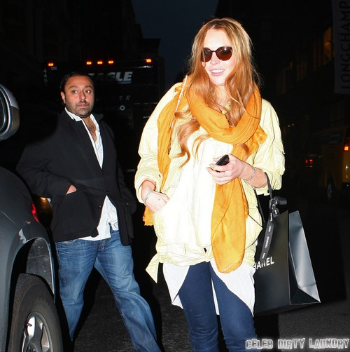 Lindsay Lohan Back on Drugs? Spotted Hanging Out With Heroin and Cocaine User Vikram Chatwal