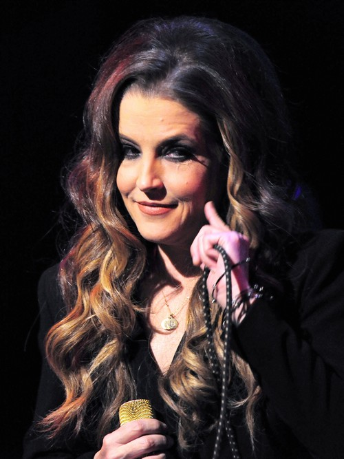 Lisa Marie Presley Appears To Slam Scientology In CBS Kevin Frazier Interview